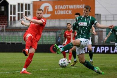 Lars Lokotsch (l.) erzielte das frühe 1:0 für den FSV Zwickau.