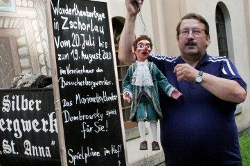 Uwe Dombrowsky freut sich, dass es am Montag losgeht. Allerdings tanzen die Puppen diesmal nicht in der Quarzhöhle.