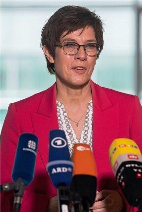 Annegret Kramp-Karrenbauer - Verteidigungsministerin