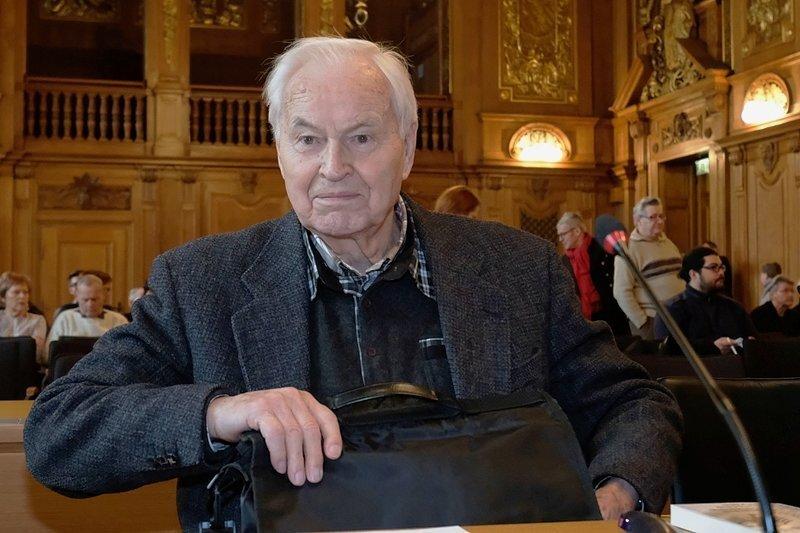 Hans Modrow, vorletzter Ministerpräsident der DDR, als Kläger im Bundesverwaltungsgericht.