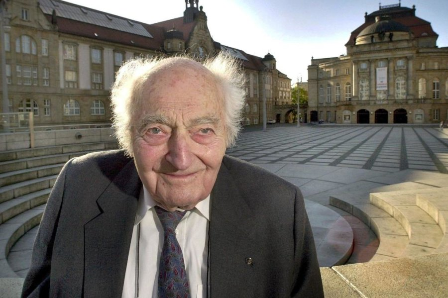 Stefan Heym lebte von 1913 bis 2001.