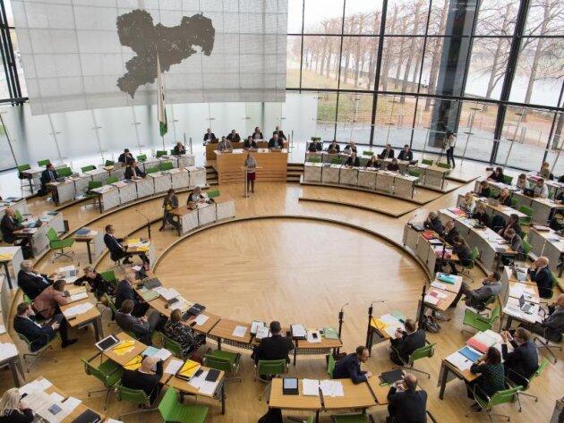 Wahlprognose: CDU holt bei Direktmandaten in Sachsen auf
