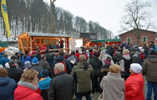 Zu Mariä Lichtmess haben 2019 in Bienenmühle auch die Kindergartenkinder ein Lied für die vielen Besucher dargeboten.