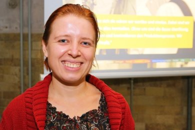 Die Kroatin Ana Vragolovic berichtete über die Arbeitsbedingungen in der Textilindustrie in Kroatien, Bosnien und Serbien.