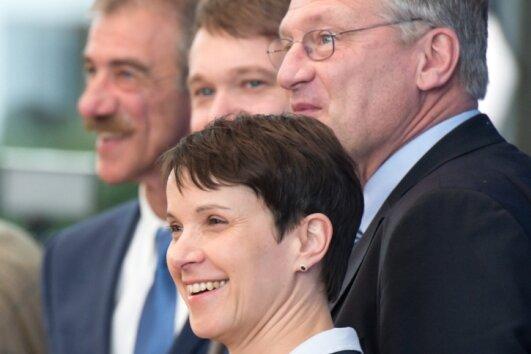 """Aus dem Bundestag """"nicht mehr fernzuhalten"""": AfD-Chefin Frauke Petry beim Besuch der Bundespressekonferenz."""