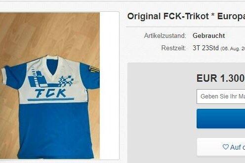 In dem bei Ebay zur Versteigerung stehenden Trikot erziehlte Sven Köhler 1989 den Siegtreffer gegen Boavista Porto.