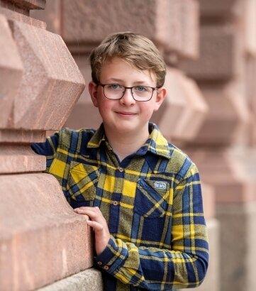 Der zwölfjährige Florian Cyrnik aus dem Roßweiner Ortsteil Grunau erlernt das Orgelspiel.