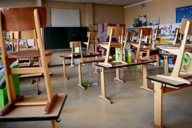 Ab Montag wird es wieder still in sächsischen Klassenzimmern. Bis zum 10. Januar sollen die Schülerinnen und Schüler vorerst zu Hause bleiben.