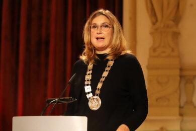Constance Arndt ist nun offiziell Oberbürgermeisterin von Zwickau.