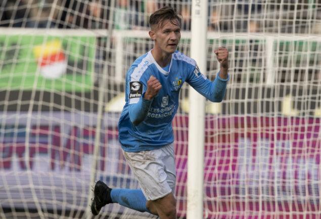 Erik Tallig bejubelt seinen Treffer zum 2:1 für den CFC. Am Ende hieß es gegen Preußen Münster 3:3.