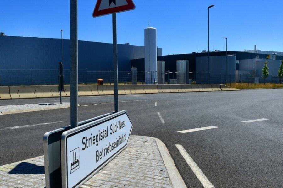 Edeka Nordbayern-Sachsen-Thüringen betreibt im Gewerbegebiet Berbersdorf an der Autobahn A4 ein Logistikzentrum. Nun kauft die Unternehmensgruppe die Immobilie des benachbarten Landgard-Objektes.