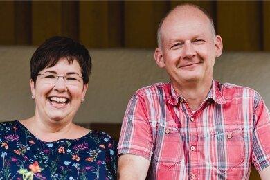 Ivonne und Carsten Knüppel wollen von Hessen nach Sachsen ziehen, finden im Vogtland aber kein Baugrundstück.