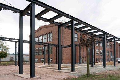 Das Stahlskelett am Audi-Bau in Zwickau.