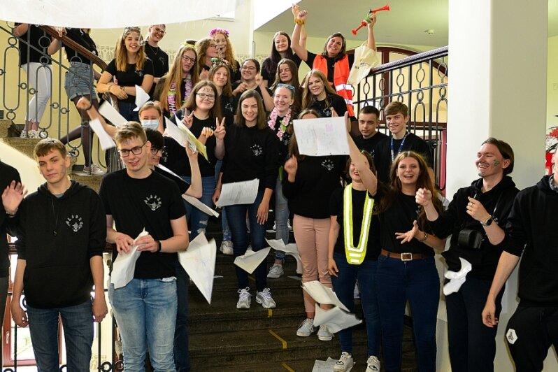 Lautstarker letzter Schultag für Abiturienten in Mittweida und Frankenberg