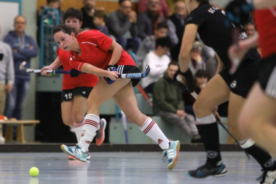 Seit knapp einem Jahr hat die Meeraner Frauenmannschaft um Kapitänin Anja Küchler (im Bild) kein Pflichtspiel mehr bestritten. Die Hoffnungen ruhen auf der verschobenen Rückrunde im Feldhockey.