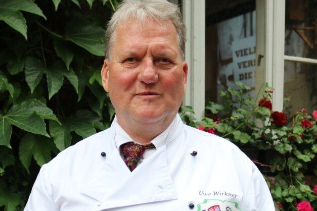Uwe Wirkner, der Zweite Vorsitzende des Zwickauer Köchevereins, ist ein passionierter Messersammler.