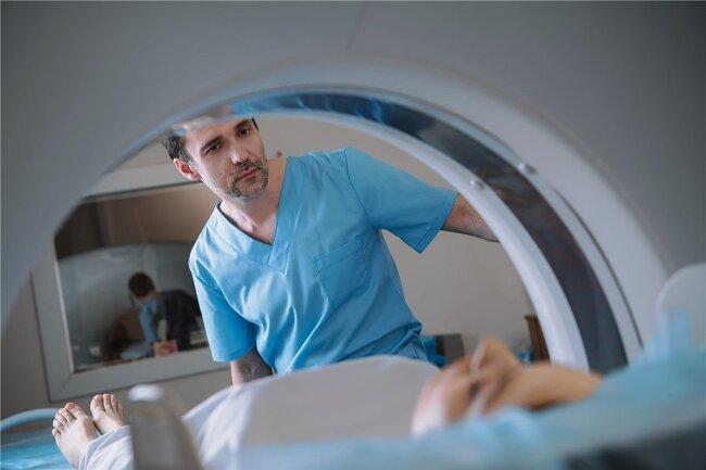 Schwierige Diagnostik: Hirnvenenthrombosen lassen sich per Computertomografie oder Kernspintomografie erkennen.