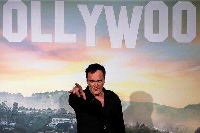 Regisseur Quentin Tarantino rechnet in seinem ersten Roman feurig mit der Filmbranche ab.