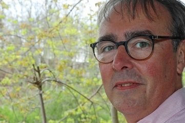 Volker Hoff (54), Inhaber der beiden Flora-Apotheken.