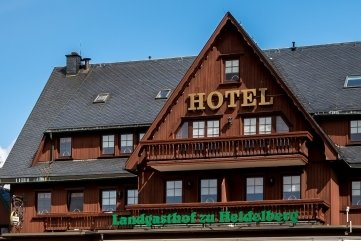 In seinem Landhotel zu Heidelberg sowie dem gegenüber errichteten Gästehaus kann Sven Krallert inzwischen insgesamt 85 Betten anbieten.