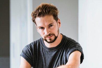 Auf der Flucht in musikalische Tiefen: Felix Räuber.