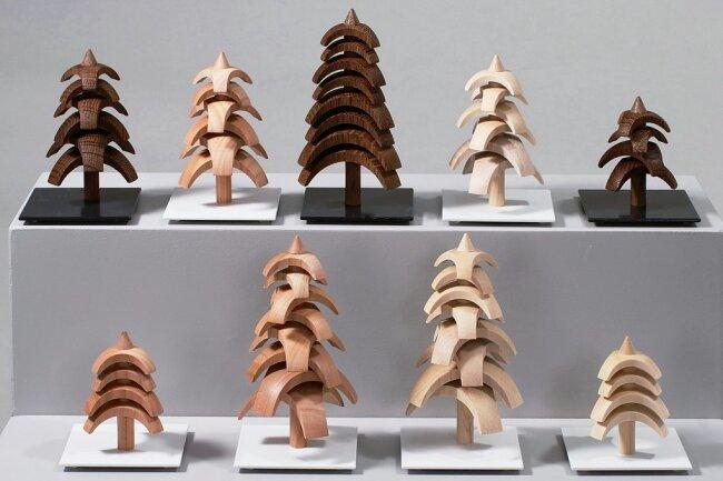Ebenfalls einen Hauptpreis bekommt die Genossenschaft Seiffener Volkskunst für diese in sich drehbaren Twist-Bäume.