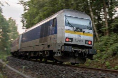 Derzeit fahren Züge der Mitteldeutschen Regiobahn (MRB) auf der Strecke Leipzig-Chemnitz.