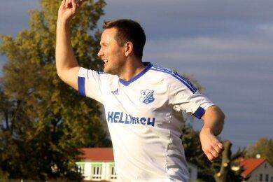 Kann man mal so machen: Christian Jäger erzielte am Sonntag drei Minuten nach seiner Einwechslung das 1:1 für Glauchau.
