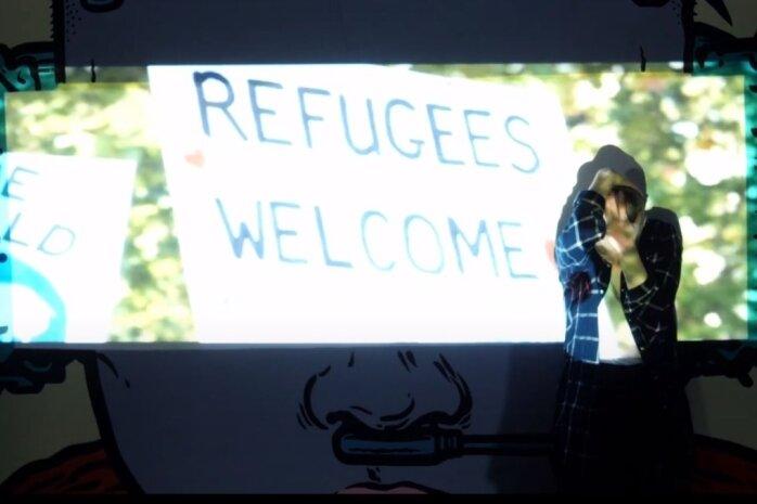 """Tänzerin Anna Graue inszeniert im Musikvideo """"We are one"""" Gefühle, die Geflüchtete auf ihrem Weg erleben. Es gehört zu einem Projekt, mit dem junge Leute Flucht thematisieren."""