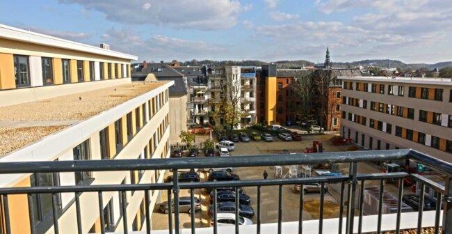 Das Karree von oben: Blick in den Innenhof des neuen Gebäudes der Arbeitsagentur Zwickau.