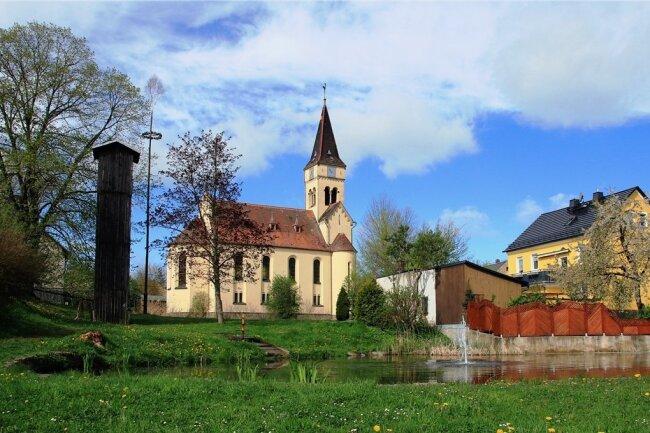 Der Blick auf die Ortsmitte entschädigt in Brockau dafür, dass die Ortsdurchfahrt eigentlich dringend saniert werden müsste.