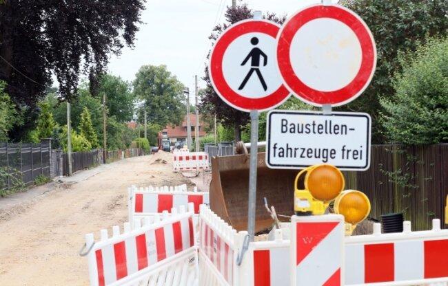 Die Straßenbaustelle an der Weißenborner Levinéstrasse sorgt für heftige Kritik bei Anwohnern.