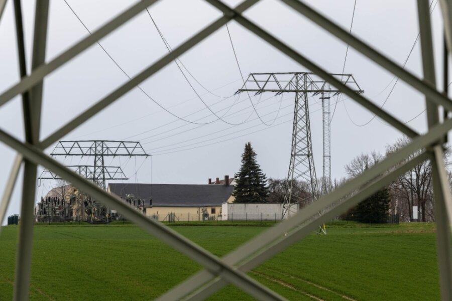 Vom Umspannwerk Oberelsdorf aus soll eine neue Hochspannungs-Freileitung bis nach Limbach-Oberfrohna gebaut werden.