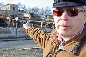 2015: Die Ruine der ehemaligen Fabrik am Platz der Solidarität wurmte den Werdauer über Jahre.