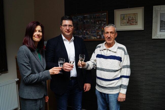OB Thomas Hennig (Mitte) mit seinen Stellvertretern Judith Sandner und Gerhard Nöbel.