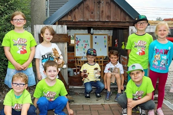 """Nicht nur für die Mädchen und Jungen aus dem Ruppertsgrüner """"Kinderland"""" ist das Märchenhaus bei den Spaziergängen ein Muss."""