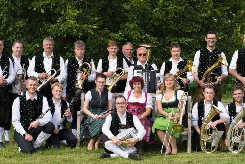 Die Bärendorfer laden ein: Am 25. Juli ist von 13.30 bis 17 Uhr wieder Tanz im Schupfen.