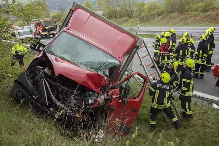 Gornau: Opel-Fahrerin schwer verletzt
