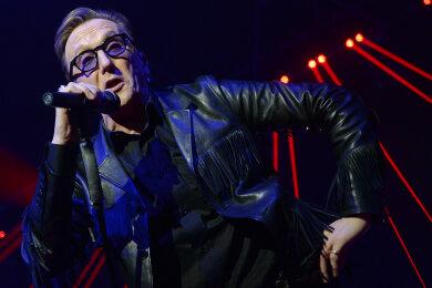 Der Sänger Marius Müller-Westernhagen in der Black Box Music Halle auf der Bühne. Am Donnerstag feiert Westernhagen seinen 70. Geburtstag.