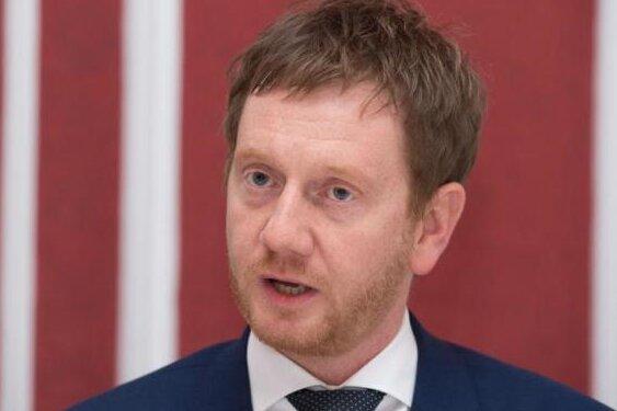 Ministerpräsident Michael Kretschmer (CDU) lehnt die Grundgesetzänderung zum Digitalpakt in ihrer geplanten Form ab.