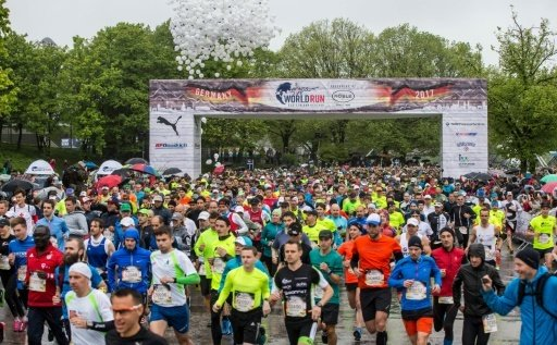 Teilnehmer des Wings for Life World Run in München