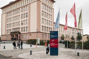 Die Regelstudienzeit an der Staatlichen Studienakademie in Glauchau beträgt drei Jahre.
