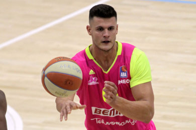 Center Filip Stanic wechselt von Ligakonkurrent Baskets Oldenburg nach Chemnitz.
