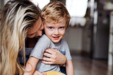 Vor allem für Kinder im Alter von zwei bis sechs Jahren werden im Erzgebirgskreis weitere Pflegefamilien gesucht. Eine Expertin bezeichnet das als wundervolle, aber auch sehr herausfordernde Aufgabe.
