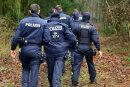 Am Freitagvormittag haben Dutzende Beamte der  Polizei erneut  im Nonnenwald bei Moosheim nach der vermissten Frau aus Mittweida gesucht.
