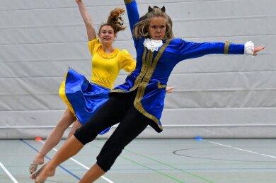 Die Schöne und das Biest - so lautet der Titel der neuen Choreografie der Frankenberger Jugendtanzgruppe. Am Freitag drehten sie ein Bewerbungsvideo für den diesjährigen Müritz-Dance-Cup.