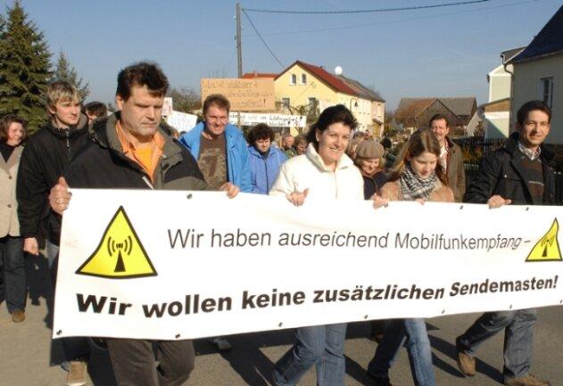 """<p class=""""artikelinhalt"""">Protestdemonstration am Sonntag in Schönbrunn. </p>"""