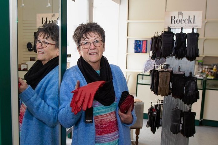 Monika Mühle hat nach dem Ausverkauf ihr Lederwaren-Fachgeschäft geschlossen.