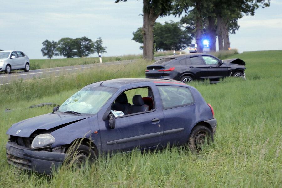 Drei Personen bei Verkehrsunfall verletzt