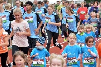 Beim Nepallauf 2018 auf dem Sportplatz an der Rüleinhalle in Freiberg liefen Kinder, Eltern sowie Mitarbeiter aus Firmen gemeinsam. In diesem Jahr läuft das Sportwochenende etwas anders ab.